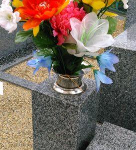 造花と輪ゴム