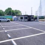 はにゅうの霊園の駐車場